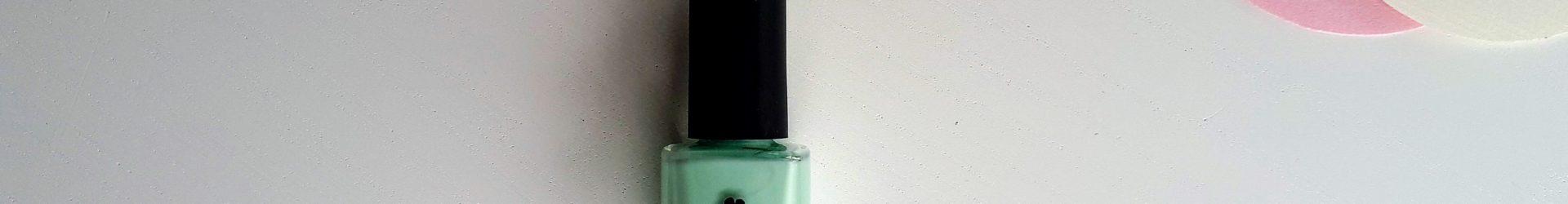 Avril – Vernis (Vert d'eau N°573)